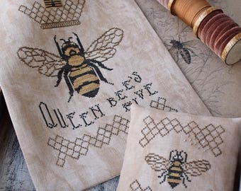 Queen Bee's Hive / Cross stitch pattern / PDF