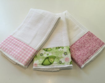 Slumbering Lime Pea Pods baby burp cloth set in pinks and lime green.