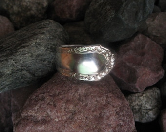 1939 Marianne Antique Spoon Ring Size 16 R226