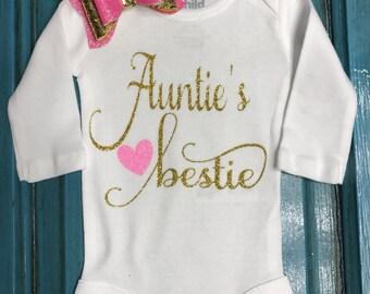 Auntie's bestie bodysuit. New baby girl