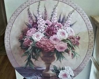 Large Hat box in Lavender/Plum Roses