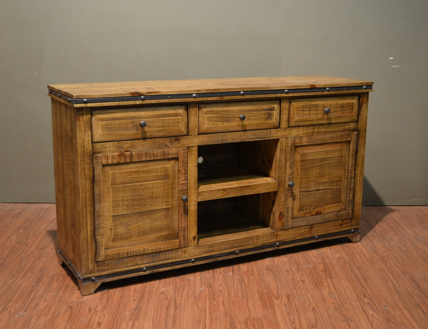 Rustic Style Solid Wood 65 Inch Tv Stand Media Console With