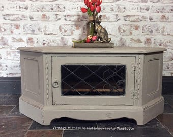 SOLD. Corner TV Cabinet hand painted in Annie Sloan french linen