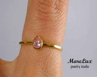 Yellow Gold Pink Diamond Faceted Ring, 5x3 mm Pear Pink Diamond CZ Stacking 24K Gold Plated Ring, Pink Cubic Zirconia Gold Ring with Facets