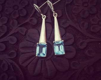 Blue topaz leaf earring