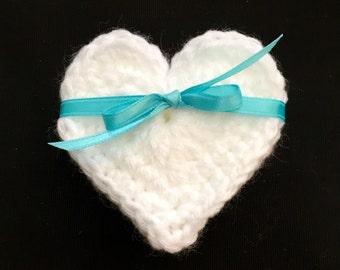 Crochet Heart Set of 5, Crocheted Heart, Heart Appliqué, Heart Embellishments