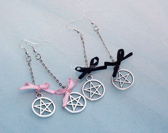 Pentagram earrings with bow