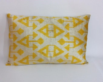 Yellow İkat Velvet Pillow Cover, 16'' x 24'' , Decorative Pillow, Handmade Silk Pillow, İkat Lumbar Pillow,  Shipping with Fedex 1-3 days