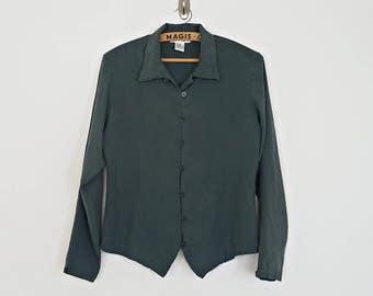 Vintage dark green silk shirt with pointed hem // Size S/M