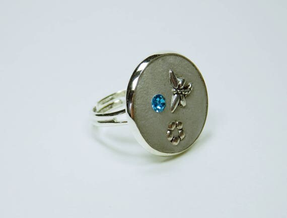 Ring concrete jewelry with blue rhinestone stone, butterfly and Flower in a silver ring version jewelry concrete Jewelry Blue Grey