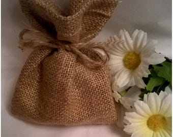 10 x Hessian Bags..Hessian Favour Bags...Rustic Design..Gift Bags