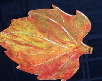 Autumn/Fall Color Pottery Leaf Platter/Plate/Wall Decor