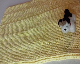 Ultra Cuddly Acrylic Yarn Pet Pad, Pet Bed, Dog Bed, Stuffing Free, Cozy, Sturdy and Washable