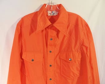 70s nylon windbreaker shirt rain jacket// Snap buttons orange big collar western kitsch// Vintage White Stag Action Sports// Men's large