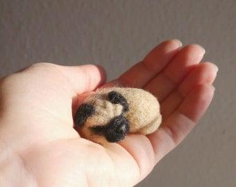 Needle felted pug dog / Needle felted black pug / needle felted sleep black pug / black pug