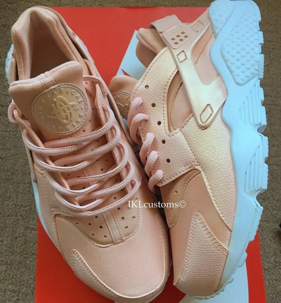 rose gold pearl nike air huarache white sole rose by. Black Bedroom Furniture Sets. Home Design Ideas