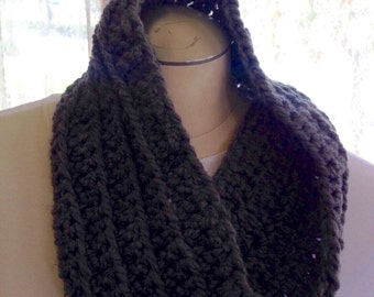 Grey ribbed infinity crochet cowl scarf