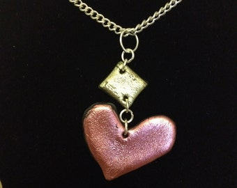 Shiny iridescent metallic colourful Friendly Plastic necklace, Pink Heart & Gold
