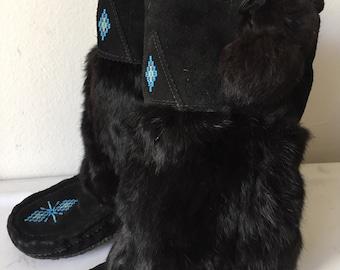 Winter Canada rabbit fur boots , women's size 9-9 1/2.