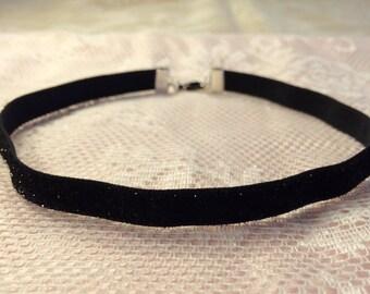 Black Glittery Velvet Choker