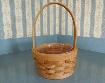 Vintage Woven Basket Planter/Decoration/Bathroom Accesory Holder