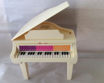 Barbie Piano