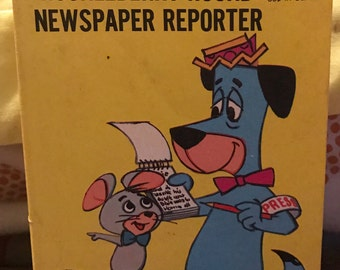 Huckleberry Hound Newspaper Reporter Big Little Book Vintage 1977 Flip-it book
