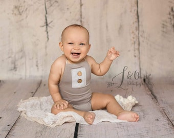 5 - 8 month romper, sitter photo props, baby vintage clothes, photograph prop, boy romper ,sitter overalls, baby photo outfit, baby onesie