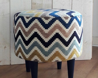 Pouf velvet zig zag blue and mustard