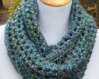 Crochet Infinity Scarf, Teal Infinity Scarf, Handmade, Chunky, Blue, Gift For Her, Womens Gift, Winter Accessory, Green Scarf, Teachers Gift