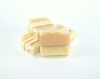 Soap cold saponification, soap surgras, hand-made, coconut oil, olive oil, avocado oil, castor oil, without oil essential, from artisanale