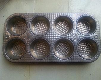 Ovenex Mini Cup Cake Muffin Tin Waffle Design vintage pan