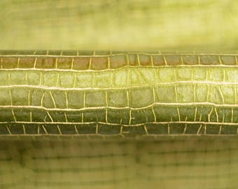 Lime Green Leather Hide Italian Genuine Leather 50cm x 50 cm 0,8 mm Metallic Chartreuse Green Abstract Pattern Embossed Leather b438
