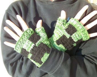 Creeper Fingerless Gloves/ Minecraft Fingerless Gloves