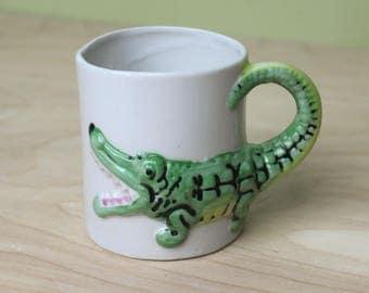 Vintage Ceramic Alligator Mug