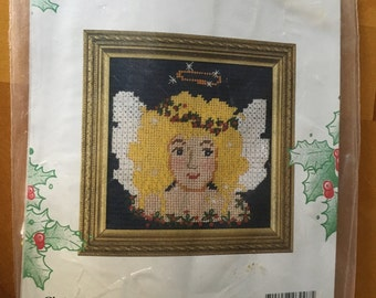 CHRISTMAS ANGEL  Needlepoint Picture Kit by: Candamar Designs