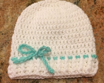 White beanie with mint green accent bow
