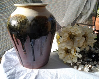 Rustic Stoneware vase with golden and black glaze dripping down - Vintage- 40% 0ff