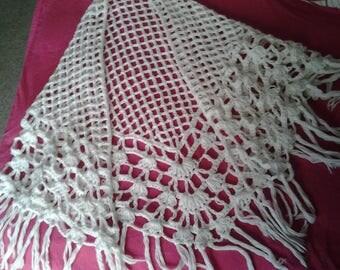 Vintage 70's White handknitted Shawl