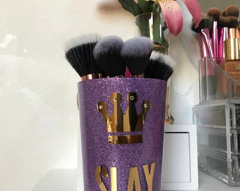 Slay lilac makeup brush holder