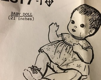 """Baby Doll Pattern #2317 Vintage Uncut 21"""" doll - soft sculpture sewn"""