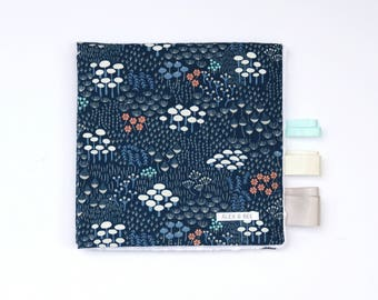 Taggie Blanket. Taggy Blanket. Lovey. Minky Baby Blanket. Modern Baby Blanket. Pram Blanket. Car Seat. Navy. Forest.