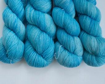 Canadian Hand-dyed sock yarn. 70/20/10 SW Merino/Cashmere/Nylon. 115g 400 yards. Ready To Ship. Blue Yonder. Semi-Solid light blue yarn