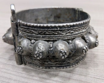 Antique Omani Silver Hinge Bracelet, Vintage Ethnic Silver, Bedouin Jewelry, Tribal Yemeni Old Silver, Nomad Jewelry