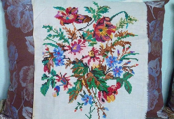 Vintage ukrainian embroidery large picture wild flowers