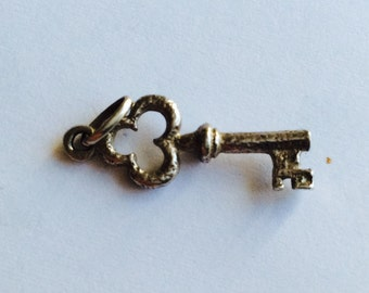 Key sterling silver charm vintage # 465