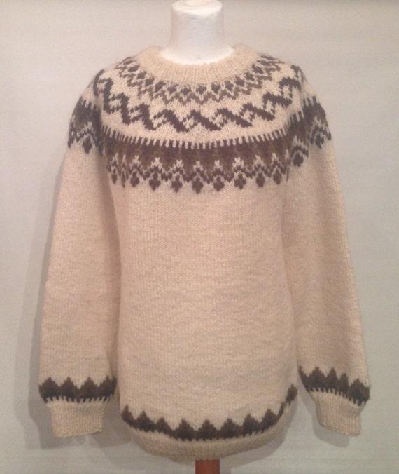 Vintage handknitted sweater EV14