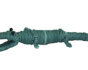 Yarn Alligator / Crocodile Ornament - Colombia