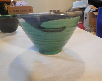 Ceramic bowl - March Green with 520 white overlay