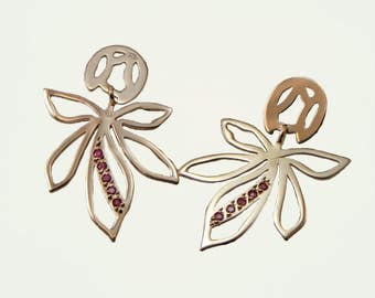 Long earrings in Silver 925 pink chapada gold, reason leaves of horse chestnut and Ruby, collection SERBALIA